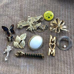 Vintage Brooch Lot